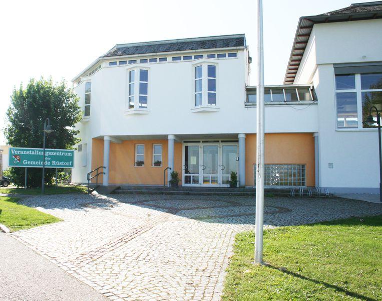 Veranstaltungszentrum - Gemeinde Rstorf